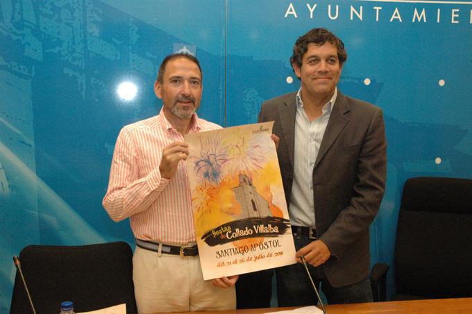 De concejal de Festejos, Alberto Sánchez, junto al alcalde, Agustín Juárez, en la presentación del Programa de Fiestas