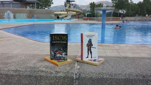 las bibliotecas y la piscina municipal fomentan la lectura