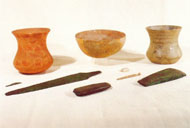 """Restos hallados en entre términos que fueron exhibidos en la exposición de """"Madrid y la Sierra de Guadarrama"""" en 1998"""