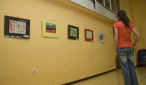 El circuito de j venes artistas del noroeste hace parada for Sala 8 collado villalba